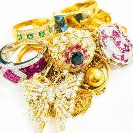 バブル期に内緒で買った指輪やネックレス