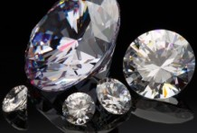 レッドダイヤモンドは幻のダイヤ!?