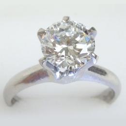 ダイヤモンドリング 1.38ct E VVS1 VERY GOOD