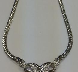 メレダイヤ付ネックレス