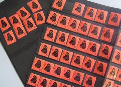 50枚を超える中国切手の赤猿